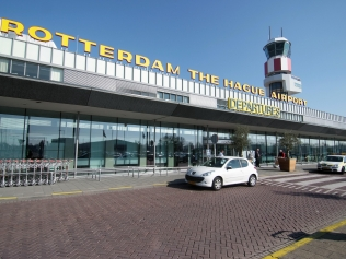 rotterdam-the-hague-airport-luchthaven-taxi